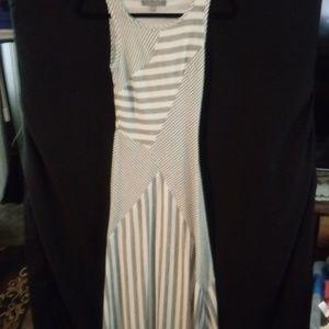 FIN&CLOVER maxi dress sz.Xs.